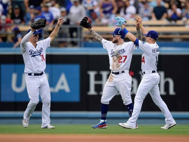 Dodgers blanquean 8-0 a Filis y completan barrida de tres juegos