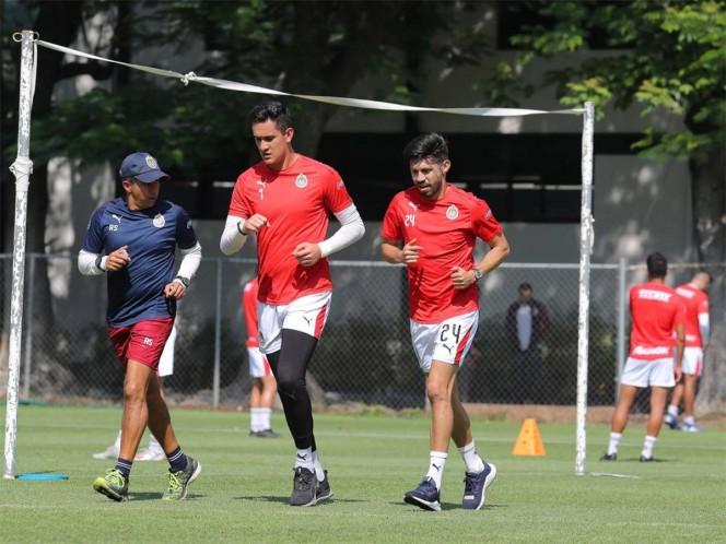 Oribe Peralta se pone a tono en Chivas