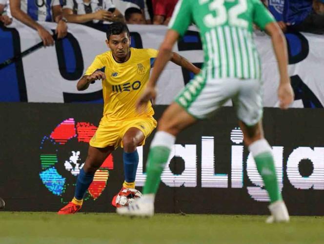 Porto y 'Tecatito' vencen al Betis sin Guardado ni Lainez