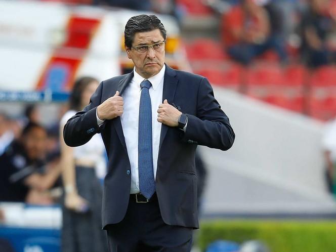 Luis Fernando Tena, nuevo técnico de Chivas — Oficial