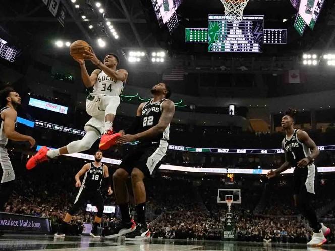 Milwaukee Bucks vs San Antonio Spurs — En Vivo