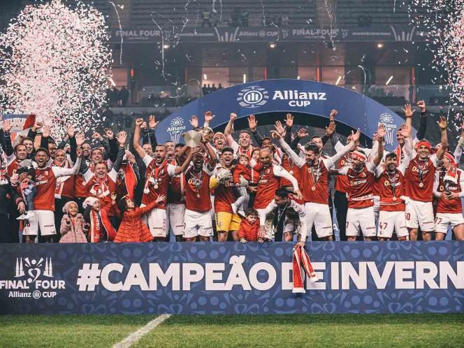 Braga arrebata un título al Porto del 'Tecatito'