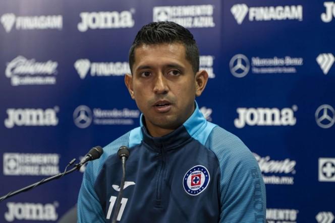 'Chicharito' sí es una leyenda, asegura Elías Hernández