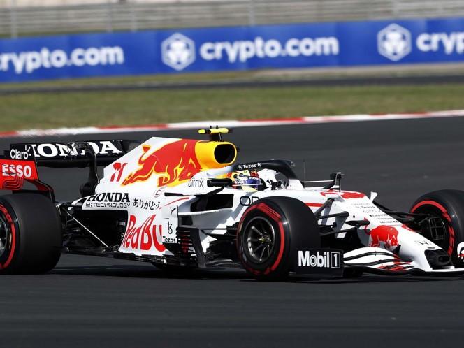 Sergio 'Checo' Pérez terminó décimo en la primera sesión y para la segunda finalizó en la cuarta posición (Reuters)