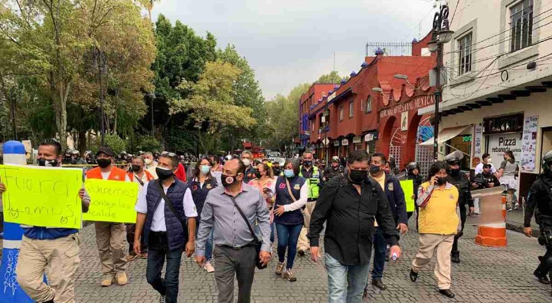 Trabajadores de PC en Coyoacán piden la destitución del director