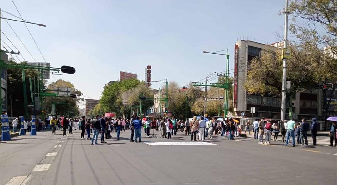 Trabajadores de la FGJ CDMX exigen aumento salarial