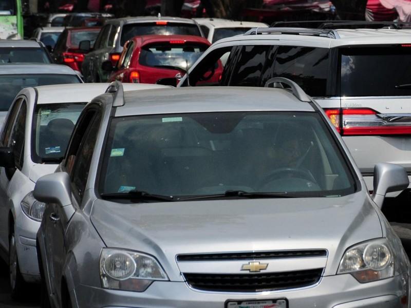 'El Bronco' se arrepiente de quitar el pago de tenencia vehicular