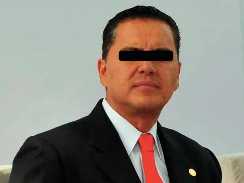 Vinculan a proceso a Roberto Sandoval por ejercicio indebido de funciones