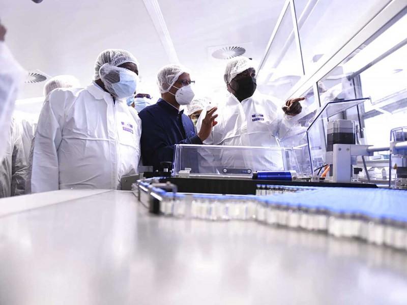 Suben contagios covid en Sudáfrica; autoridades endurecen restricciones
