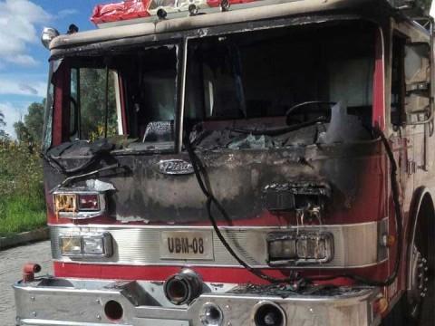 Reportan incendio en fábrica de Tultepec