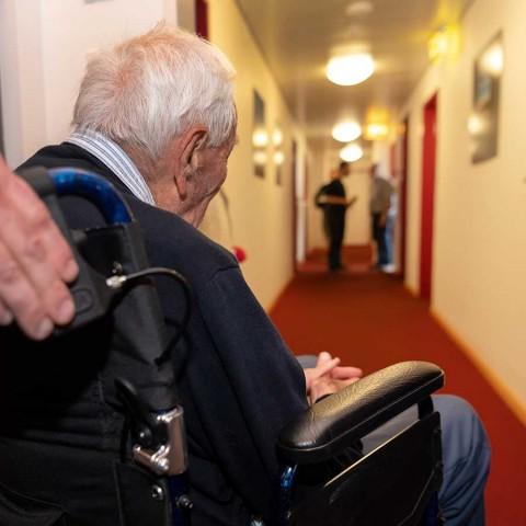 Científico de 104 años se someterá a eutanasia en Suiza