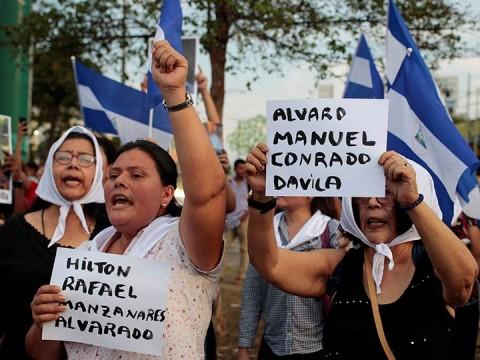 Nicaragüenses exigen que se haga justicia por la muerte de sus hijos (Foto: Reuters)