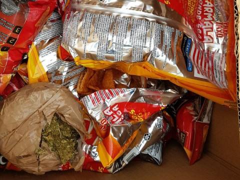La mariguana venía dentro de los paquetes de frituras