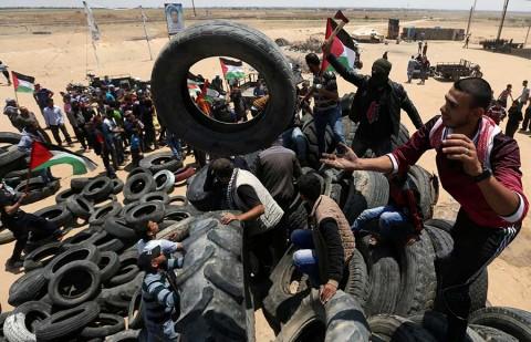 Suman 60 muertos en Gaza por represión de Israel, y se temen más disturbios
