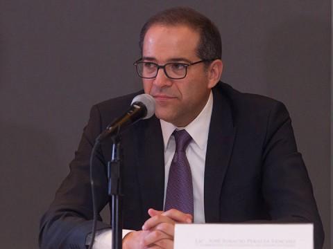 El gobernador de Colima, José Ignacio Peralta Sánchez