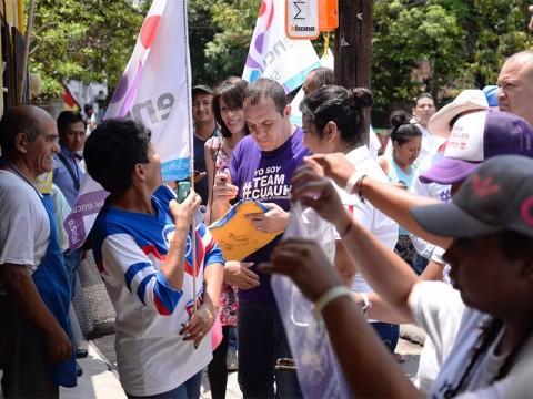 Cuauhtémoc Blanco en un evento de campaña en Morelos