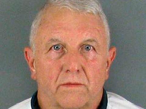 El diario identificó a Roger Self como un empresario de Dallas, Carolina de Norte (Foto: AP)