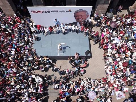 López Obrador consideró que es irracional reimprimir las boletas electorales como lo pidió el PAN