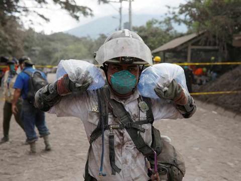 Hasta el momento han sido evacuadas las localidades de La Reyna, Magnolia, Canaveral I y IV y EL Rodeo en Guatemala (Foto: Reuters)