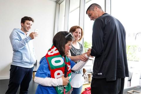 Cristiano Ronaldo cumple anhelo ninos enfermos