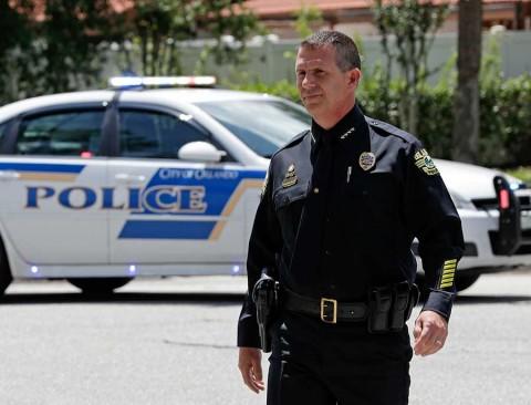 Hombre mata a 4 niños y luego se suicida en Orlando, EU