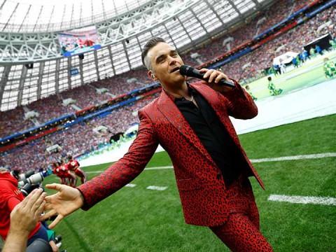 La estrella del pop británico Robbie Williams fue el encargado de animar la fiesta del Mundial en Rusia (Foto: Reuters)