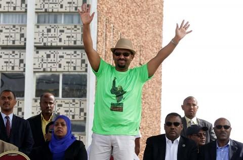 Atentado fallido contra premier de Etiopía deja un muerto y decenas de heridos