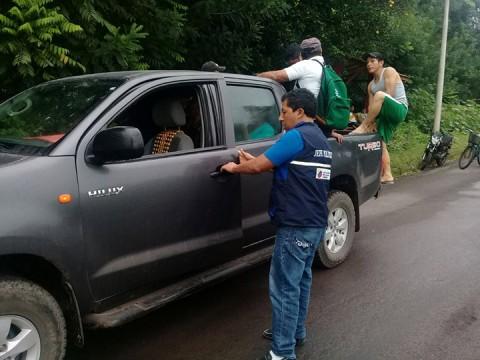 Emiten alerta tras erupción de volcán en Galápagos, Ecuador