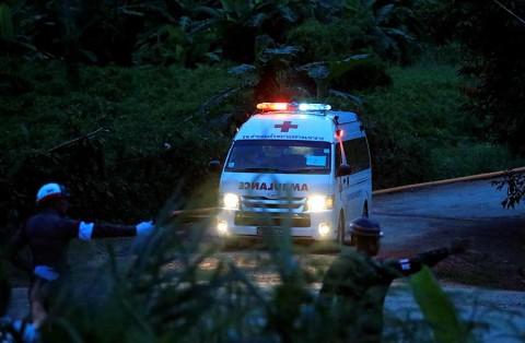 Rescataron a los 12 chicos y al entrenador — Milagro en Tailandia