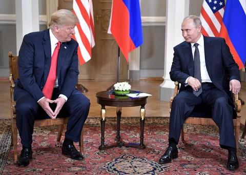 Trump presume 'buen comienzo' tras reunión privada con Putin