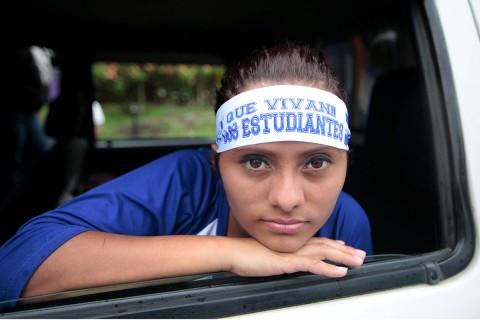 Joven protesta contra el gobierno del presidente de Nicaragua, Daniel Ortega. Foto: Reuters