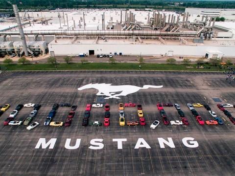 Ford sigue con el festejo de su Mustang diezmillonésimo (Foto: AP)