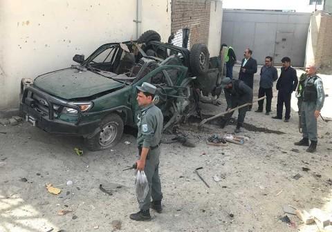 Ofensiva talibán en Afganistán deja más de 320 muertos