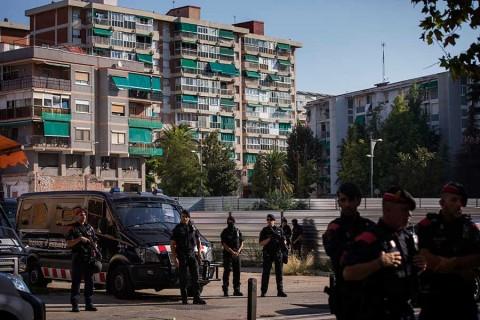 Abaten en España a hombre que atacó comisaria al grito de 'Alá es grande'