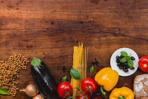"""El """"plato del buen comer"""" pretende promover una dieta correcta para toda la población y debe combinar los alimentos que aporten los nutrimentos necesarios al organismo para prevenir enfermedades y evitar poner en riesgo la vida. Foto: Pixabay"""