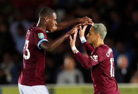 Gol de 'Chicharito' en triunfo del West Ham