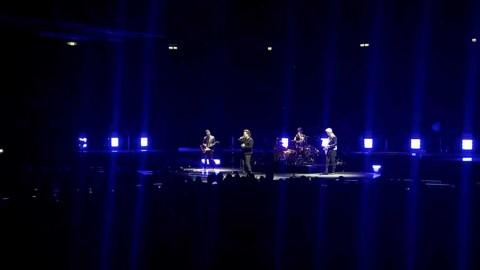 Así perdió la voz Bono en pleno concierto en Berlín