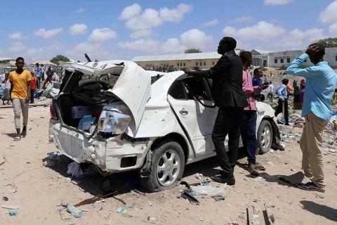 Ataque en Somalia destruye edificio y deja al menos 7 muertos
