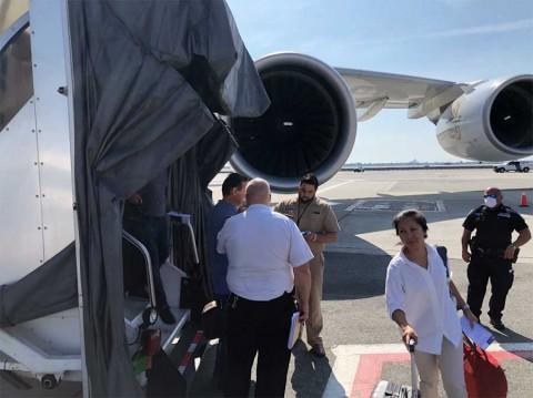 Avión procedente de Dubái es puesto en cuarentena en Nueva York