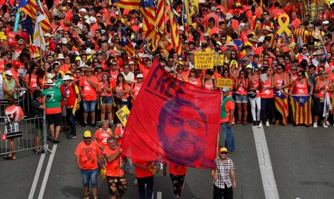 Separatistas toman las calles en el Día de Cataluña