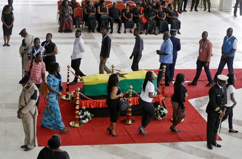 Dan último adiós a Kofi Annan, exjefe de la ONU, en Ghana
