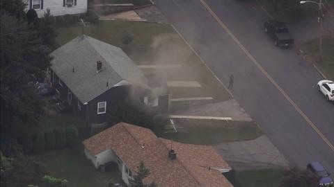Pánico en Massachusetts tras explosiones e incendios