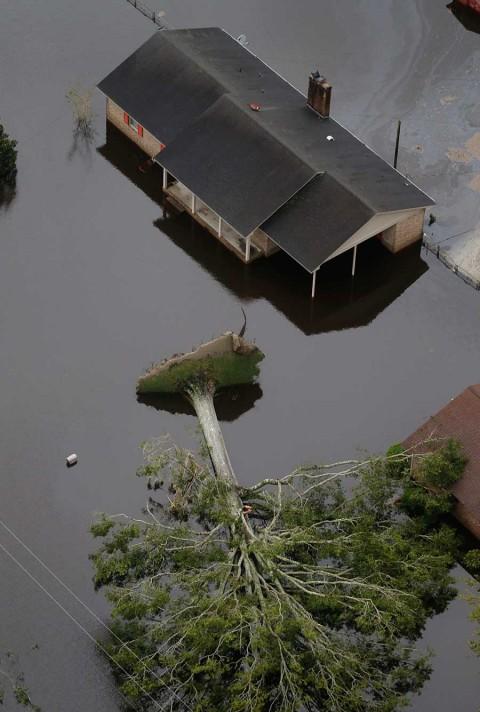 Alertan de inundaciones catastróficas en Carolina del Norte por 'Florence'