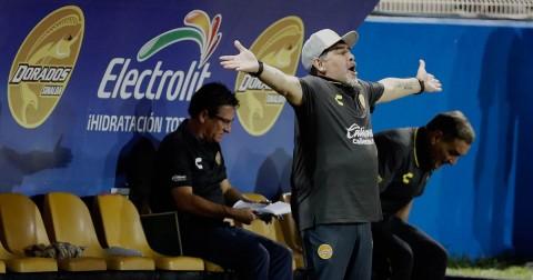 Maradona Enojado Gol