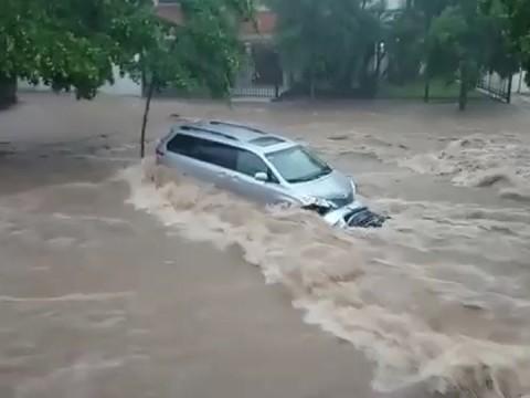 dorados de sinaloa, inundaciones sinaloa, ascenso mx, lluvias torrenciales