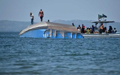 Despide Tanzania a víctimas de naufragio; suman 224 muertos
