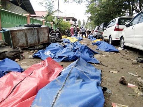Indonesia vive apocalipsis tras terremoto y tsunami
