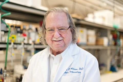 Dan Nobel de Medicina a investigadores de terapias contra cáncer