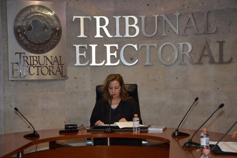La sesión ordinaria que tuvo que ser presidida por la magistrada María Luisa Oviedo Quezada la noche del martes. Foto: Emmanuel Rincón/ Corresponsal