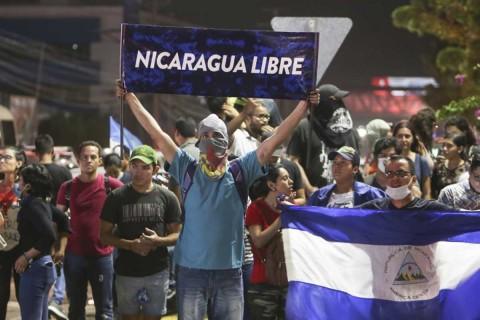 Presentan Unidad Nacional Azul y Blanco